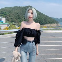 Image may contain: 1 person, standing and outdoor Uzzlang Girl, Girl Outfits, Cute Outfits, Fashion Outfits, Fashion Trends, Cute Asian Girls, Cute Girls, Korean Look, Ulzzang Korean Girl