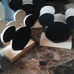 Mickey Mouse napkin holder DIY