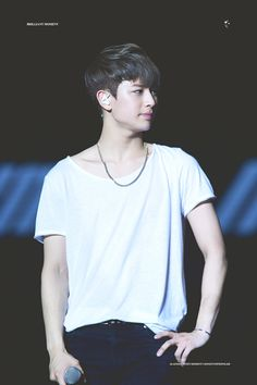 Yunhyeong ~ Please wear more white shirts Yg Entertainment, K Pop, Bobby, Ikon Songs, Name Songs, Ikon Member, Warner Music, Ikon Kpop, Rapper