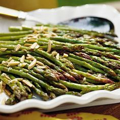 24 Thanksgiving Food Ideas With Recipes = oven-roasted-asparagus