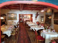 In Bergen gibt es das Einhorn-Restaurant 🦄 Keine Sorge, hier werden keine Pferde zubereitet sondern Fisch!