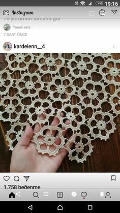 Beautiful brand new large flowers white crochet table runner. Made from a very thin mercerized cotton thread size Will - Salvabrani Filet Crochet Charts, Crochet Diagram, Crochet Motif, Diy Crochet, Crochet Doilies, Crochet Flowers, Hand Crochet, Crochet Stitches, Crochet Patterns