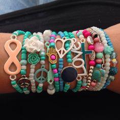 Handgemaakt by May! Inspiratie Ibiza mix & match armbandjes!