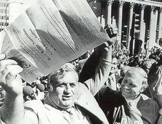 Ben Hatskin holds up the contract Bobby Hull (next to him) signed to play for the WHA Winnipeg Jets. It was signed at Portage and Main on June Bobby Hull, Hockey, Jets, Play, Field Hockey, Fighter Jets, Ice Hockey