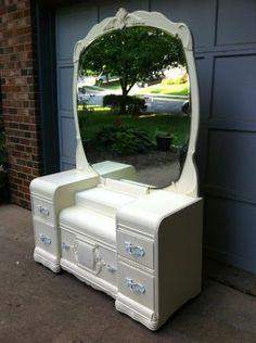 Amazing antique shabby chic vanity dresser with mirror