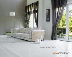 Organic White lleva la sofisticación a otro nivel convirtiendo los espacios de tu hogar en algo dinámico; el revestimiento de muros es una de las tendencias más populares de este año.