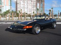 This was used in Miami Vice first season. The real Ferrari Daytona has different headlights Lotus Esprit, Don Johnson, Exotic Sports Cars, Miami Vice, Car Gadgets, Import Cars, Drag Racing, Car Pictures, Motor Car