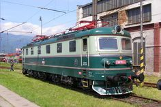 Electric Train, Locomotive, Travel Posters, Locs, Trains, Goddess Braids, Train, Braided Pigtails