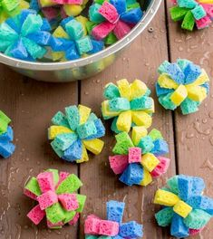 How to Make Super Soaker Sponge Balls Kids Will Love, Sponge Balls and Water Sponge Bombs for Summer fun, Summer Activities for Kids that are Cheap Water Activities. Perfect Summer Party Idea too Vbs Crafts, Diy And Crafts, Crafts For Kids, Arts And Crafts, Kids Diy, Paper Crafts, Handmade Crafts, Decor Crafts, Splash Party