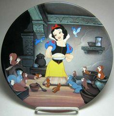 "Disney Snow White ""A special treat"" decorative plate"