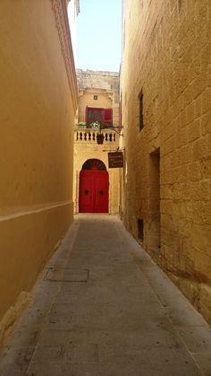 Red door, Mdina, Malta