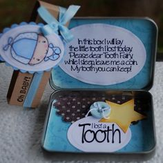 Turn an empty mint tin into the perfect present for the tooth fairy! Make 2 one for the tooth fairy to keep all her teeth :) Tooth Fairy Box, Tooth Box, Crafts To Do, Crafts For Kids, Diy Crafts, Preschool Crafts, Mint Tins, Altered Tins, Altered Art