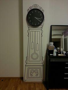 Decal sticker + clock = piece of art :)  Idea for an empty wall.