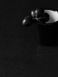 Falcon: COAL Black - Cereal