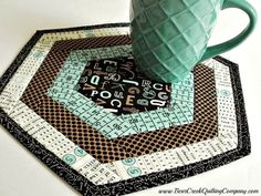 Textagon Mug Rug Tutorial - my guest post for Bear Creek Quilting Company. I used the Creative Grids Hexagon Trim Tool.