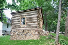 Log cabin restored by Stable Hollow Construction Log Cabin Kits, Log Cabin Homes, Log Cabins, Rustic Cabins, Log Cabin Exterior, Tiny House Loft, My Ideal Home, Home Landscaping, Cabins And Cottages