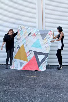 Minimalista | Acute Triangle Quilt  | AGF In-House Studio