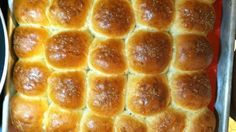 As far as holiday dinner rolls go, these are pretty lean. You can increase the amount of melted butter and toss in a egg or two, but since these are generally going to be eaten with fairly rich food, I prefer a lighter approach.