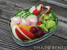 healthy lunch idea | Tuna Salad Lettuce Wraps with Capers and Tomatoes