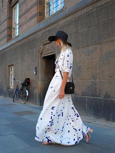 Paris Fashion Week. Retro inspired street style