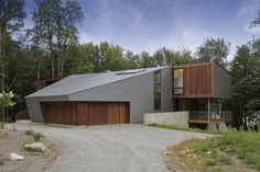 Architect David Jay Weiner has designed the Berkshire Pond House in Becket, Massachusetts.