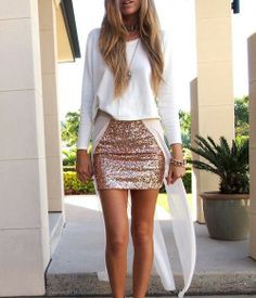 102 new years eve outfit ideas perfect for that new years party Fashion Mode, Love Fashion, Fashion Outfits, Sequin Mini Skirts, Sequin Skirt, Gold Skirt, Sequin Jacket, Diy Vetement, New Years Eve Outfits