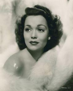 Jane Wyman, 1945