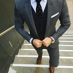 men suits prom -- Click VISIT link above for more options Sharp Dressed Man, Well Dressed Men, Mode Costume, Designer Suits For Men, Herren Outfit, Mens Fashion Suits, Mens Suits Style, Mens Casual Suits, Grey Suit Men