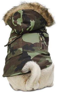 chaleco camuflado - capucha con piel - ropa para perros Cheap Dog Clothes, Large Dog Clothes, Cute Dog Clothes, Dog Christmas Clothes, Dog Closet, Dog Clothes Patterns, Pet Boutique, Dog Jacket, Dog Items