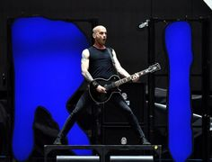 Foo Fighters, Rise Against, The Delta Riggs – Sydney, ANZ Stadium 26/02/15 - Music News, Reviews, Interviews and Culture - Music Feeds