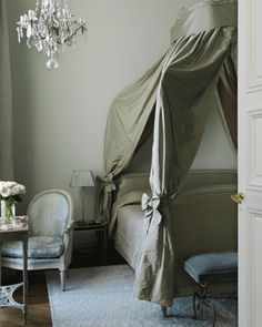 http://thepapermulberry.blogspot.hk/2011/06/romantic-french-fabrics-gorgeous-greys.html