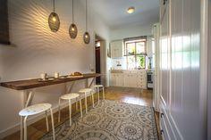 2020 - Gesamte Unterkunft für Villa Gioia is a wonderful villa with a private patio and a romantic garden. Furniture, Kitchen Area, Interior, Private Garden, Dining Area, Mediterranean Art, Home Decor, Villa, Living Room Art