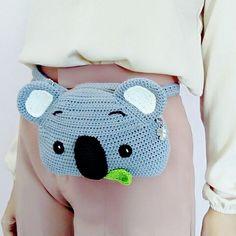 Kawaii Crochet, Cute Crochet, Crochet For Kids, Crochet Crafts, Crochet Projects, Knit Crochet, Crochet Handbags, Crochet Purses, Crochet Dolls