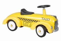 Marquant Taxi 891, Retro Loopauto. Gebaseerd op de stijl van taxi's van vroeger, is deze kinderreplica een prachtig exemplaar voor jong om zich heerlijk mee te vermaken. Een kind kan zich met deze taxi een echte taxichauffeur voelen door het authentieke uiterlijk.