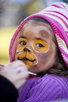 Facepainting Family Bbq, Simple Face, Face Paintings, Book Week, Animal Faces, Halloween, Monkey, Celebrations, Projects To Try