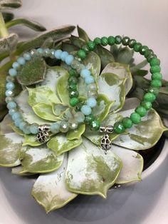 Little Luck   Etsy Cut Glass, Etsy, Beaded Bracelets, Beads, Pendant, Leaf Clover, Handmade, Bracelet, Schmuck