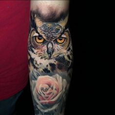 geometric owl tattoo Owl Tattoos On Arm, Owl Eye Tattoo, Sugar Skull Tattoos, Tattoo Designs Wrist, Tree Tattoo Designs, Skull Tattoo Design, Simple Owl Tattoo, Owl Tattoo Small, Traditional Owl Tattoos