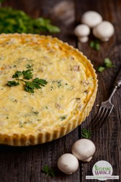 Tarta z tuńczykiem i pieczarkami   Bezglutenowe Kuchenne Wariacje Impreza, Hamburger, Pizza, Snacks, Desserts, Food, Kitchens, Tailgate Desserts, Appetizers