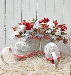 Купить Коньки - коралловый, белый, коньки, зимняя композиция, подарок, Новый Год, рождество
