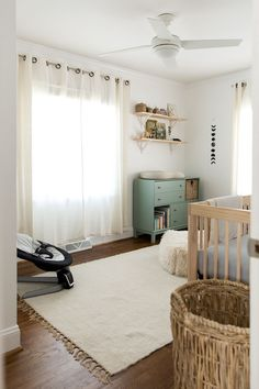 Nursery: Completed | The Fresh Exchange - Swing chair: Nuna Leaf with the Nuna Wind attachment Simple Neutral Nursery, Gender Neutral Nurseries, Simple Baby Nursery, Baby Bedroom Ideas Neutral, Modern Nurseries, Gender Neutral Colors, Gender Neutral Baby, Neutral Baby Bedding, Nursery Modern
