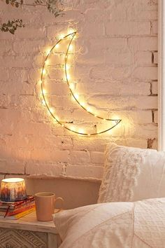 Creative Dorm Room Decor Ideas is part of Rustic dorm room - Bedroom Lamps, Room Decor Bedroom, Bedroom Ideas, Winter Bedroom, Casa Clean, Cute Dorm Rooms, Diy Room Decor For College, Teen Rooms, Baby Rooms