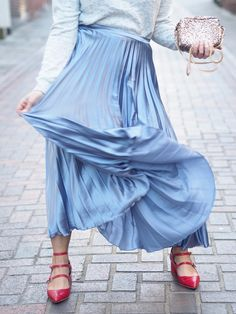 pleated blue metallic midi skirt