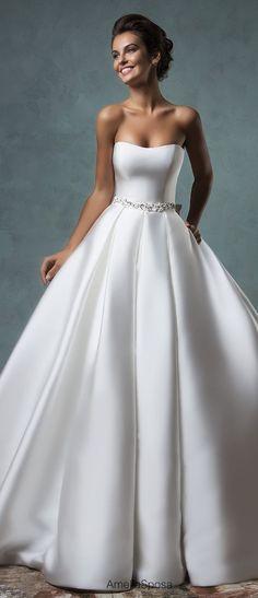 Amelia Sposa 2016 Wedding Dress | Belle The Magazine #vestidodenovia | # trajesdenovio | vestidos de novia para gorditas | vestidos de novia cortos http://amzn.to/29aGZWo