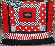 Arkansas Razorback Blanket...Gotta find someone to make Rachel and her roomie one of these!!!