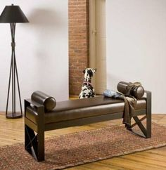 Run Run Studio, Inc. specializes in sculptural and modern home furnishings.