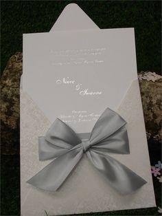 προσκλητηριο γαμου φιογκος - Αναζήτηση Google Napkins, Gift Wrapping, Weddings, Tableware, Google, Gifts, Gift Wrapping Paper, Dinnerware, Presents