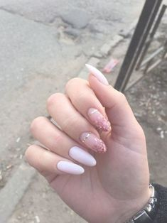 Pin by Lisa Firle on Nageldesign - Nail Art - Nagellack - Nail Polish - Nailart - Nails in 2020 Summer Acrylic Nails, Best Acrylic Nails, Acrylic Nail Art, Summer Nails, Rose Gold Nails, Pink Nails, My Nails, Glitter Nails, Cute Nails