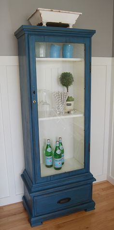 reckless glamour: gun cabinet redo - make into a locked liquor cabinet! Refurbished Furniture, Paint Furniture, Repurposed Furniture, Furniture Projects, Furniture Making, Furniture Makeover, Furniture Plans, Deco Champetre, Glass Display Case