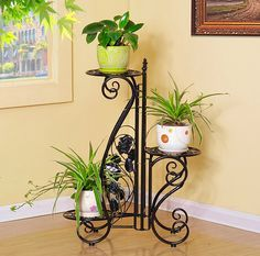 balcony metal plant stand floor and wall Metal Plant Hangers, Metal Plant Stand, Plant Stands, House Plants Decor, Plant Decor, Plafond Design, Wrought Iron Decor, Decoration Plante, Iron Plant