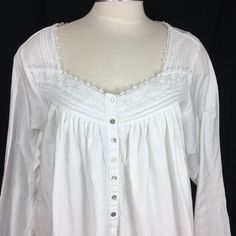 8acca405a142 Eileen West White Cotton Flannel Nightgown Lace Trim Pintucking Size Large  #EileenWest #Nightgown #